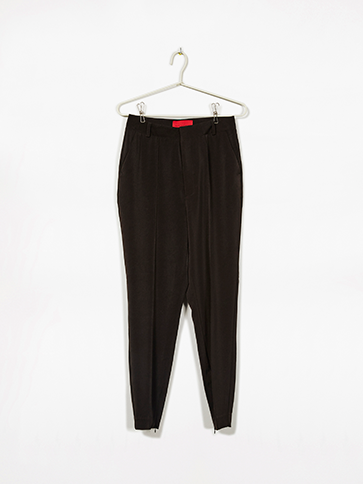Iris_suit_pants_w46_p399_e39,95_990-black.png
