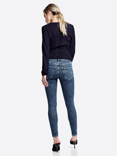 Higher Mary Ankle jeans