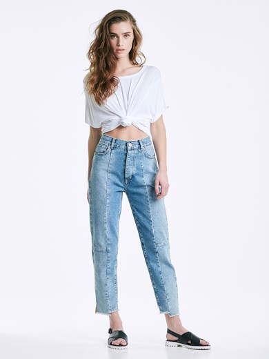 Mom Stitches jeans